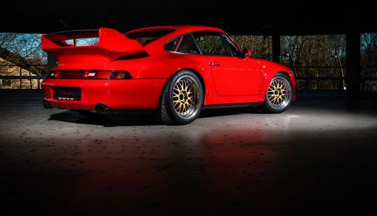 Restaurierung eines von weltweit 57 gebauten Porsche 993 GT2 Clubsport.
