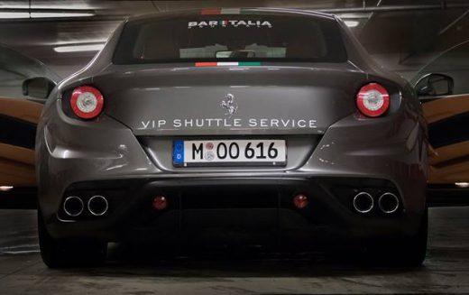 Bar Italia: Shuttleservice im 660 PS Ferrari