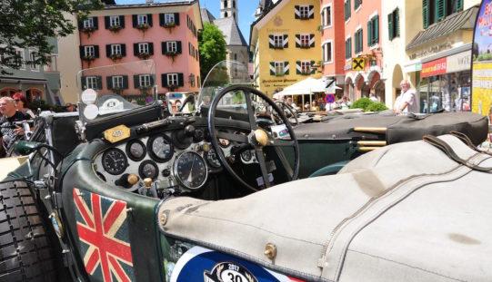 Mit neuen, attraktiven Strecken geht die Kitzbüheler Alpenrallye 2018 an den Start